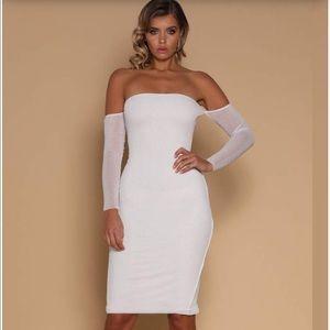 ✨NEW LISTING✨Meshki - Off the Shoulder Dress